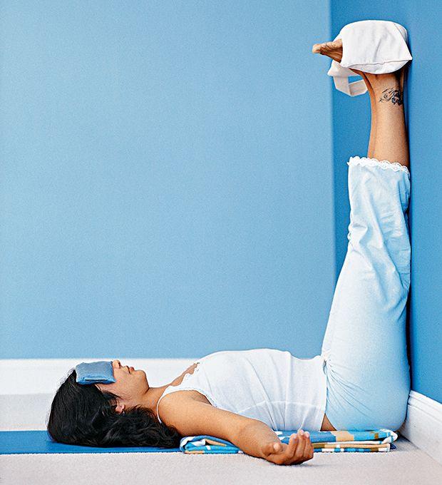 Йога от головной боли и мигрени. Как вылечить мигрень с помощью йоги: асаны, упражнения, фото видео.